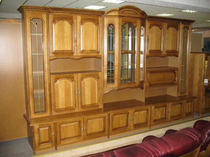 Мебель из дерева.